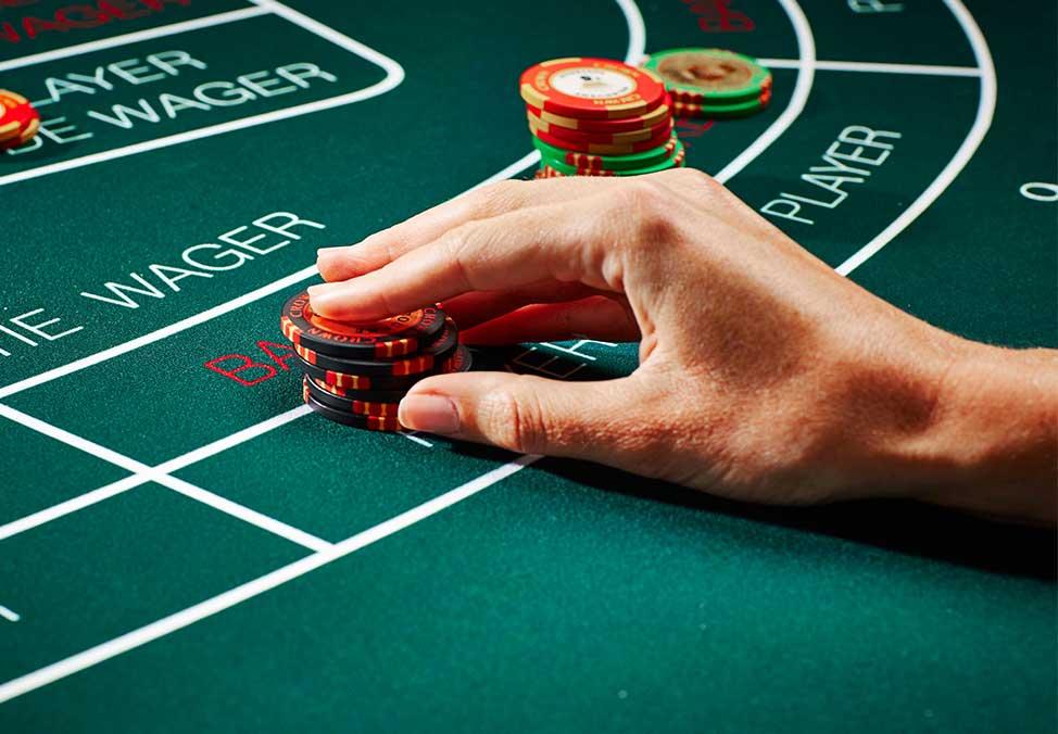 Хазартът в Невада пострада заради бакара игрите, като приходите през юли спадат