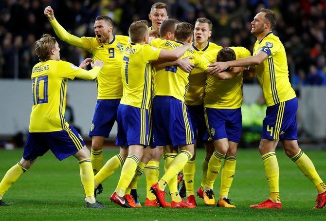 Швеция срещу Перу