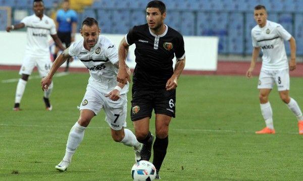 Локомотив (Пд) срещу Славия